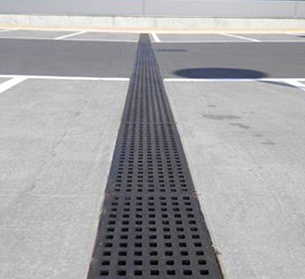 行車道 / 停車場